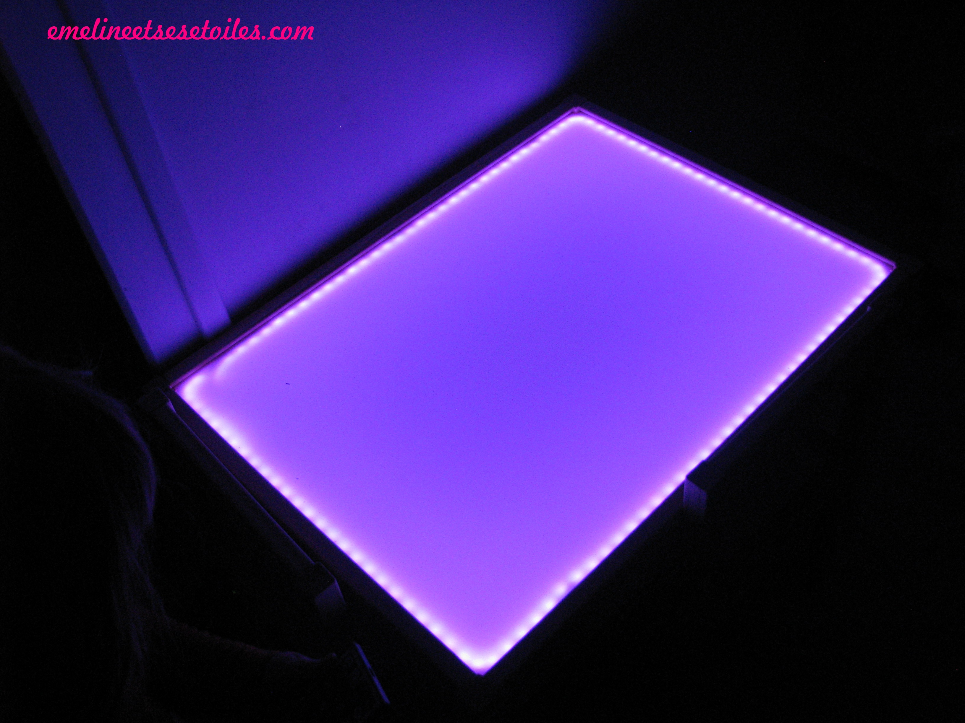 diy table lumineuse emeline ses toiles. Black Bedroom Furniture Sets. Home Design Ideas